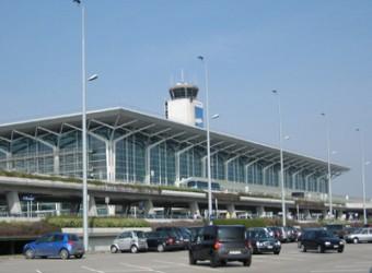 Parken Flughafen Basel