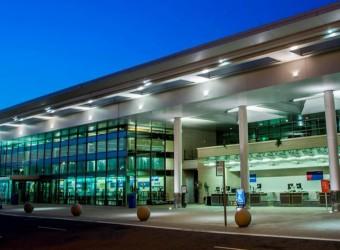 Clinton National Airport (LIT)