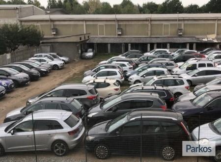 Scuderia Malpensa (Paga in parcheggio) foto 3