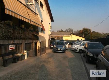 Scuderia Malpensa (Paga in parcheggio) foto 6
