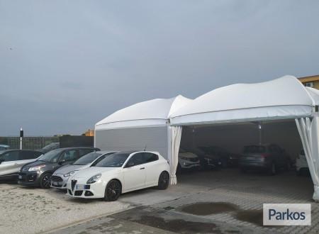 Area 4 Parking (Paga online) foto 6