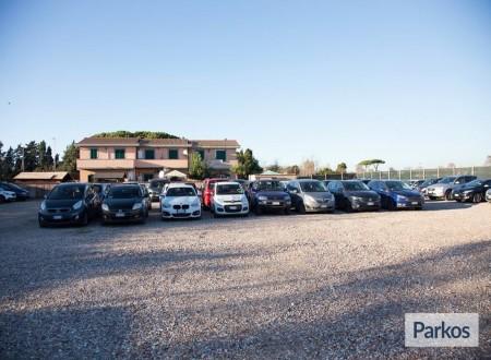 Area 4 Parking (Paga online) foto 2