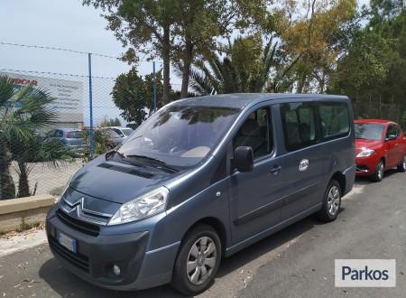 Autocar Toia (Paga online) foto 7