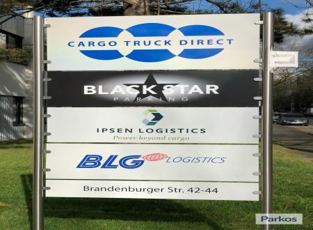 blackstar-parking-3