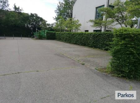Carpark Bayern Schwaig foto 2