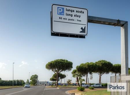 easy Parking Lunga Sosta Scoperto (Paga online) foto 2