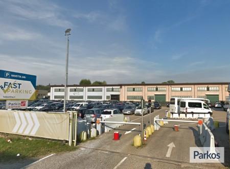 Fast Parking Malpensa (Paga in parcheggio) foto 4
