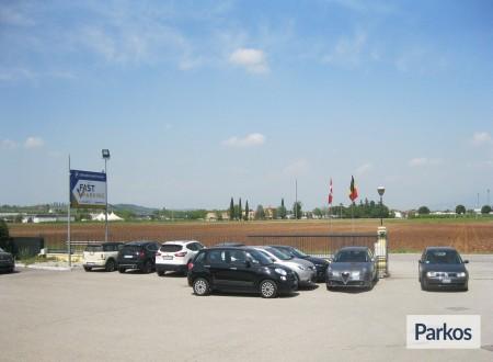 Fast Parking Verona (Paga in parcheggio) foto 8