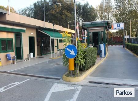 Good Park (Paga in parcheggio) foto 10