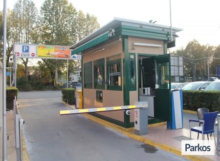 Good Park (Paga in parcheggio) foto 7