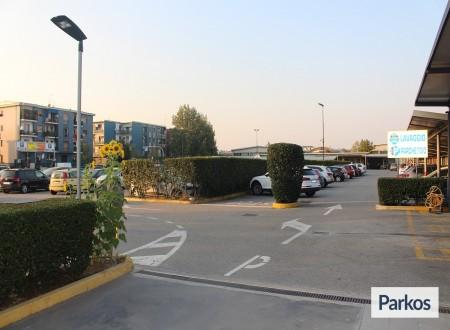 Good Park (Paga in parcheggio) foto 3