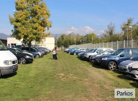 I.V.M. Parking (Paga in parcheggio) foto 8