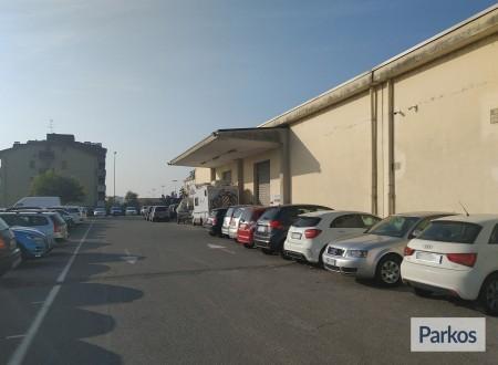 I.V.M. Parking (Paga in parcheggio) foto 10