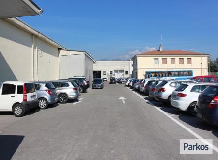 I.V.M. Parking (Paga in parcheggio) foto 4