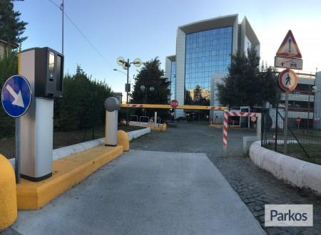 Le Torri Parking (Paga in parcheggio) foto 3
