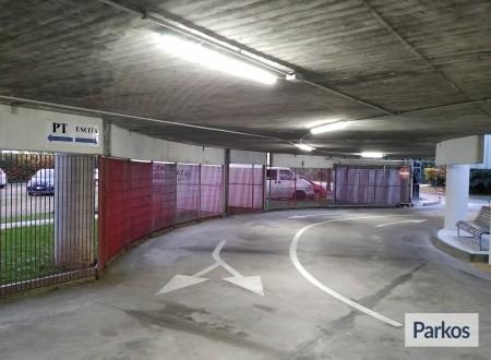 Le Torri Parking (Paga in parcheggio) foto 7