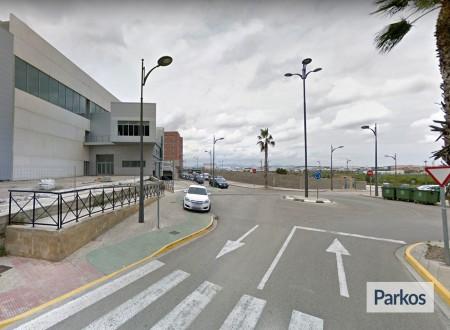 Oliveral parking (Paga en el parking) photo 9