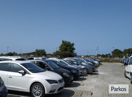 Orange Airport Parking (Paga in parcheggio) foto 11