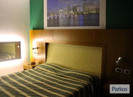 Park Sleep Fly Orange Hotel (Paga online) foto 5