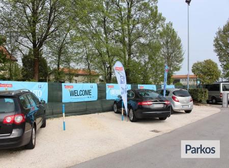 Parcheggio Marco Polo (Paga online) foto 5