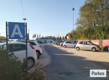 Parcheggio Marco Polo VIP (Paga online) foto 4