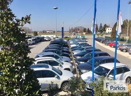 Parcheggio Marco Polo VIP (Paga online) foto 8