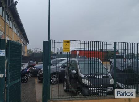 Parcheggio a Fiumicino (Paga online) foto 8