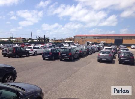 Parcheggio a Fiumicino (Paga online) foto 6