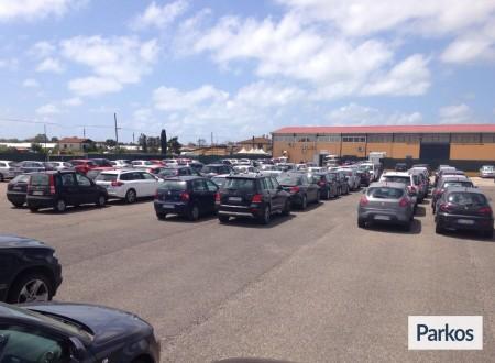 Parcheggio a Fiumicino (Paga in parcheggio) foto 6