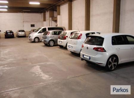 Pegaso Parking (Paga oggi un deposito) foto 11