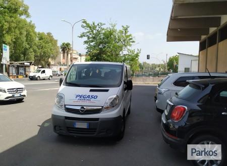 Pegaso Parking (Paga oggi un deposito) foto 7
