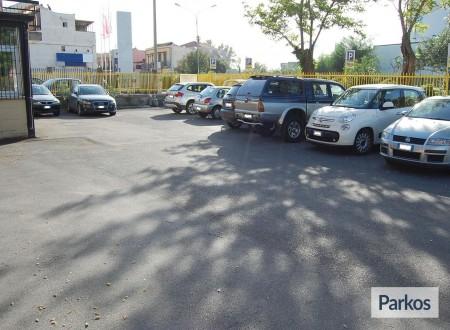 Pegaso Parking (Paga oggi un deposito) foto 4