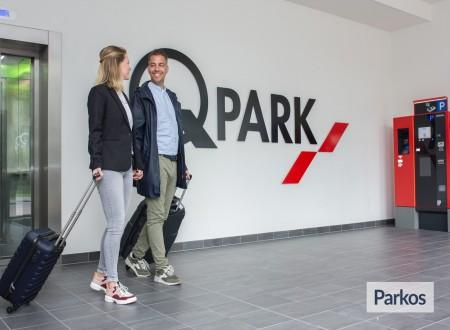 Q-Park Park+Fly Hoofddorp foto 2