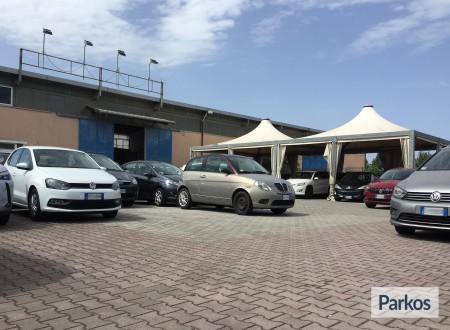 Tomass Parking (Paga in parcheggio) foto 1