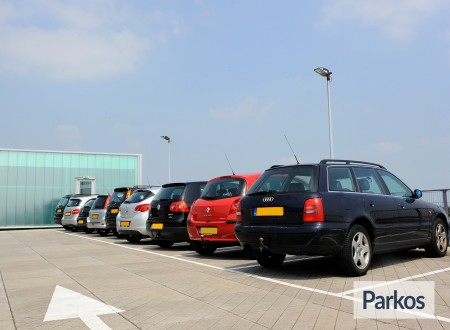 Total Care Parking foto 11