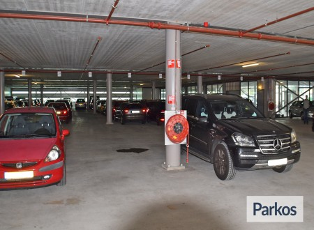 Total Care Parking foto 7