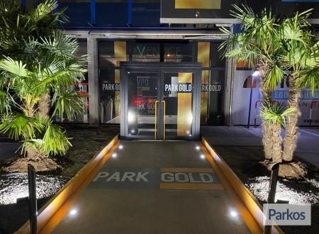 Park Gold (Paga in parcheggio) foto 2