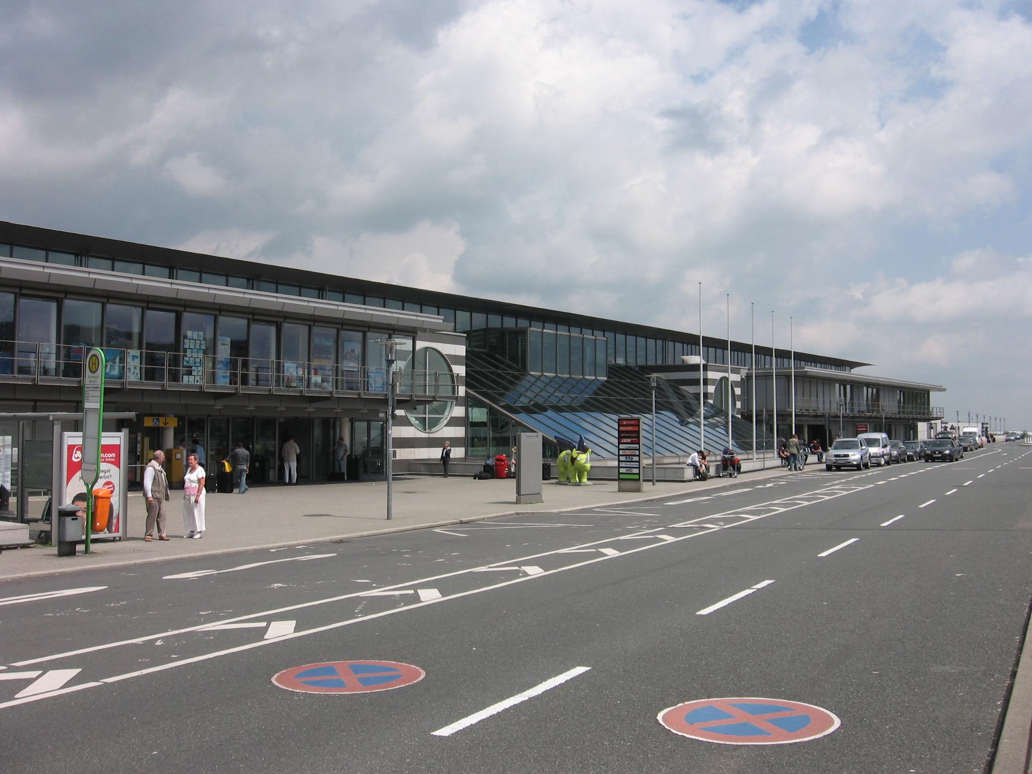 Karlsruhe Baden Airport Parken